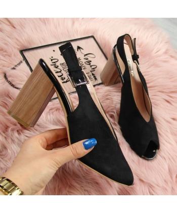 ce0c8890bf01f Dámske sandálky čierne EVENTO