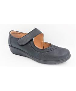 Dámske čierne sandále WOJTYLKO