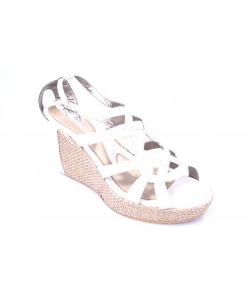 15f0c2b2ff14 Sandále biele INBLU