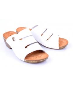 Šľapky white