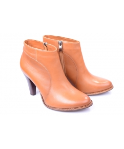 adb89fd6903f Členkové topánky brown ZUREK Členkové topánky brown ZUREK