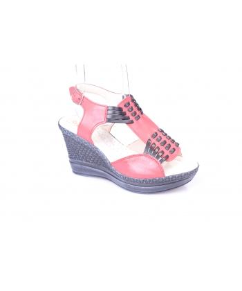 Sandálky červené REGINA