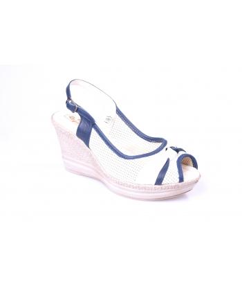 Sandálky biele REGINA
