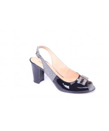 Sandálky čierne REGINA